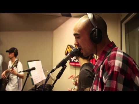 Salta La Banca y Abel Pintos - Debo partirme en dos HD (Oficial) ♥