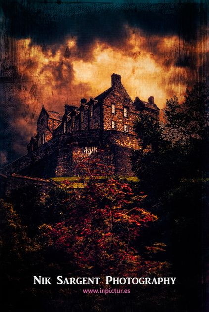 Red Sky at Night - Edinburgh Castle: Art La Photographie, Red Sky, Scottish View, Edinburgh Castles, Night Edinburgh, Amazing Building, Scottish Castles