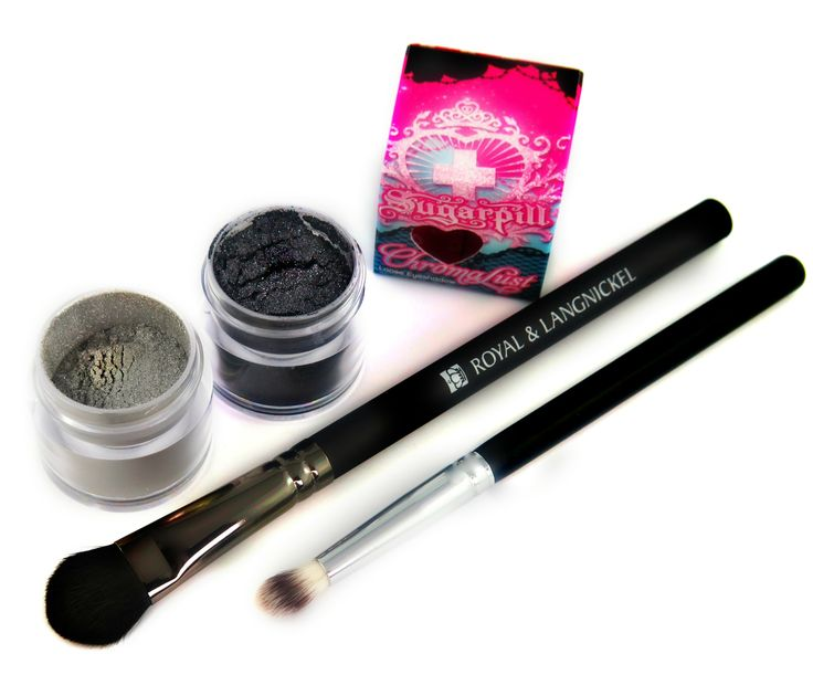 """""""Smoke Show"""" Beauty Set <3 Sugarpill shadows and Cruelty-Free Makeup brushes at www.heartcoeur.com"""