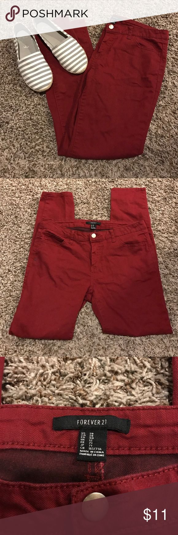 Maroon skinny jeans Forever 21 maroon skinny jeans size 28. Only worn twice. Awesome fall/winter color! Forever 21 Jeans Skinny