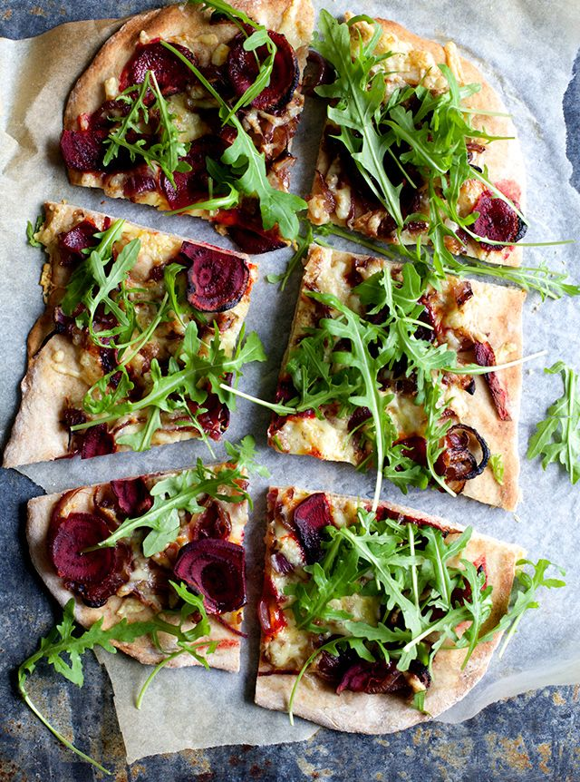 Beetroot & Caramelized Onion Pizza | The Food Club