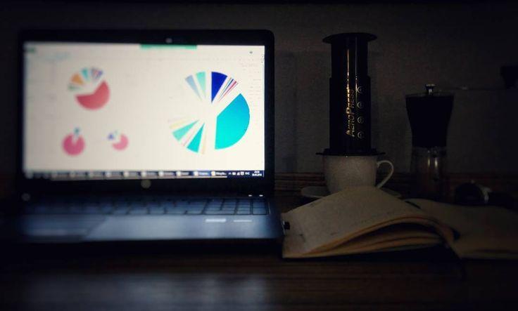 Обычно в командировке рабочий день продолжается до поздней ночи. Кстати мой аэропресс путешествует со мной. Скоро будет пост где я расскажу про аэропресс. Как в нем заваривать кофе о чемпионате по аэропрессу и немного истории. #аэропресс #Aeropress #aeropresscoffee #кофе #любимыйкофе #бодрящийкофе #командировка #работа #кофестрасть #кофеман #кофеманы #вкусныйкофе #альтернатива #кофеблог #иванкофеблог http://ift.tt/1Vbg53z
