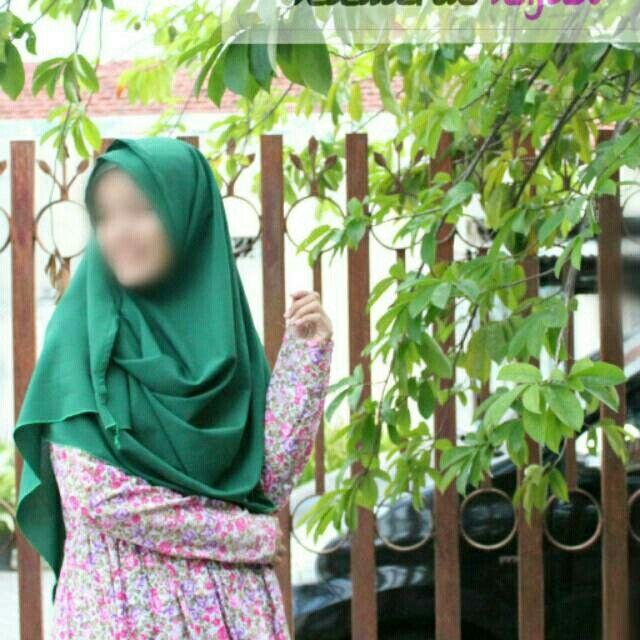 Saya menjual Hijab instan super cute dan nyaman seharga Rp55.000. Dapatkan produk ini hanya di Shopee! https://shopee.co.id/nawaituhijabku/192827702 #ShopeeID