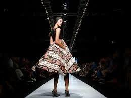 Rythm Widi Blogs: Batik Parang