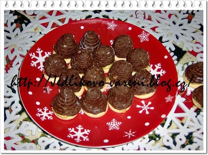 Jedlíkovo vaření: Cukroví - nepečená vosí hnízda  #xmas #christmas #baking #cukrovi #vanoce #nepecene #hnizda #ulky