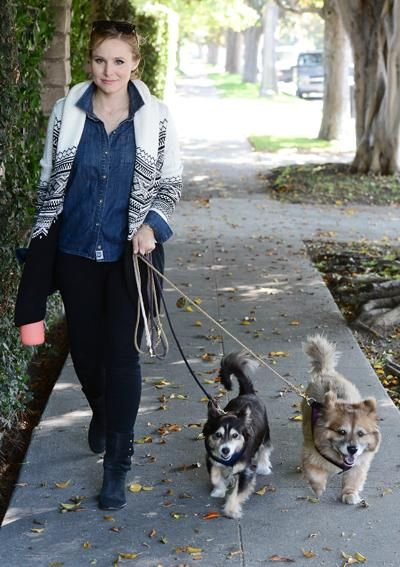 15 Dog-Walking Outfit Ideas Inspired by Celebrities - Kristen Bell from #InStyle