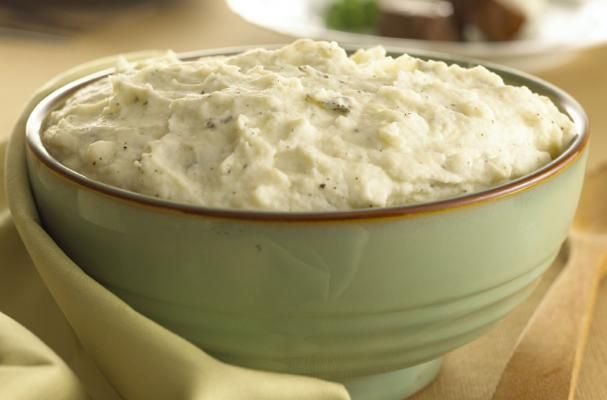 Foodista | Amazing Goat Cheese Mashed Potatoes with Garlic and Sage