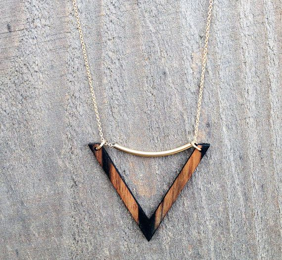 VENICE Necklace // featured in ebony wood // made by WOODKEEPS