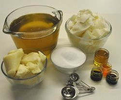 Homemade Shampoo Bars.  I want to make these.  Tried shampoo bars in the past, they work great.