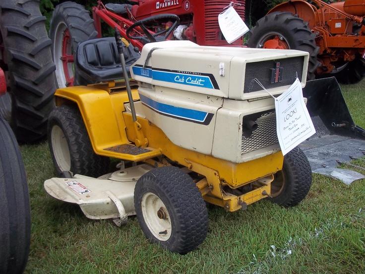 Old International Cub Cadet Lawn Tractor : S cub cadet ih farmall pinterest tractor