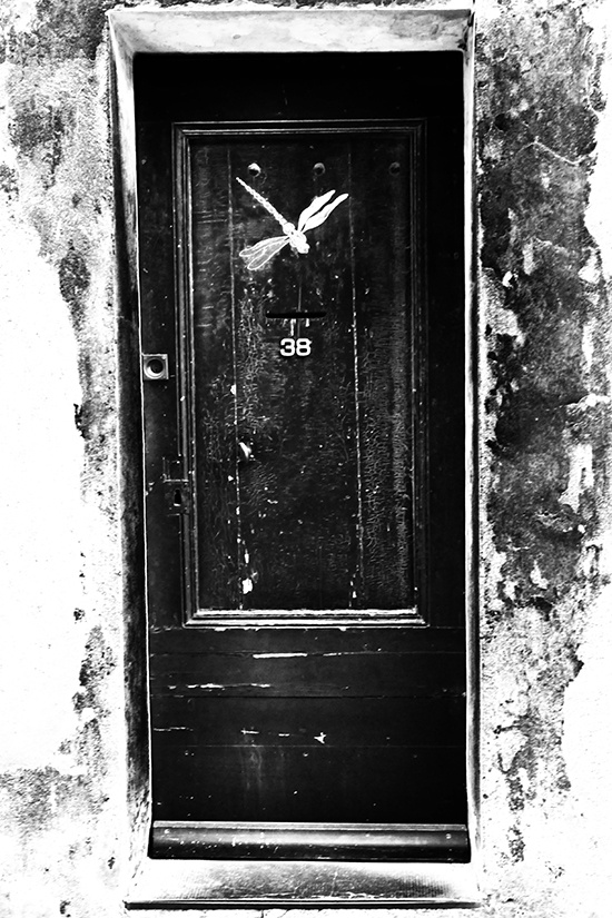 #doors #door #wood #blackwood #black #photography #photographer #photo #diary #vickosdiary