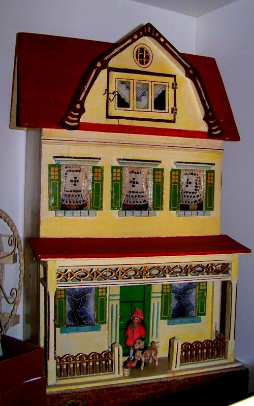 248 best images about diy barbie house on pinterest for Young house love dollhouse