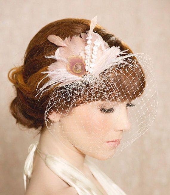 Fard à joues Ivoire nuptiale Head Piece plume Fascinator cheveux Bridal fleur étamine Rhinestone mariage cheveux pièce russe Veiling - la conception de l