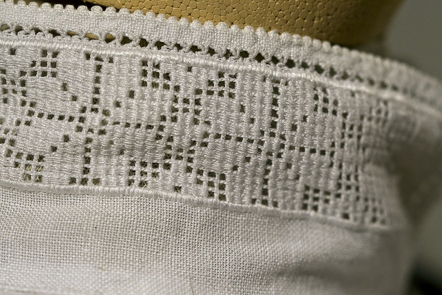 embroidery on collar of norwegian bunad from telemark