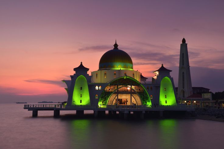 Malacca Straits Mosque by Keeratikarn Wantanorm on 500px