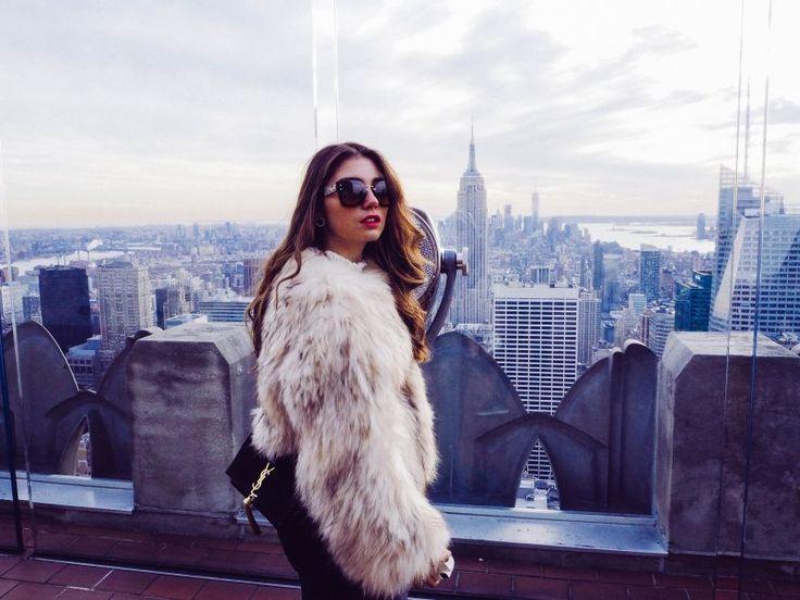 New York, Ausblick, Felljacke, YSL Handtasche