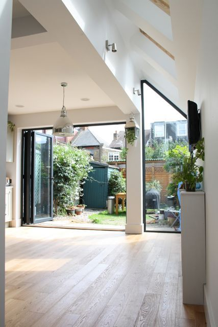 Glass Panelled Side Return Kitchen Extension From Simply Extend picture