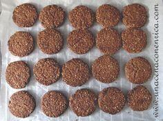 Biscotti vegani con fiocchi d'avena e cacao amaro