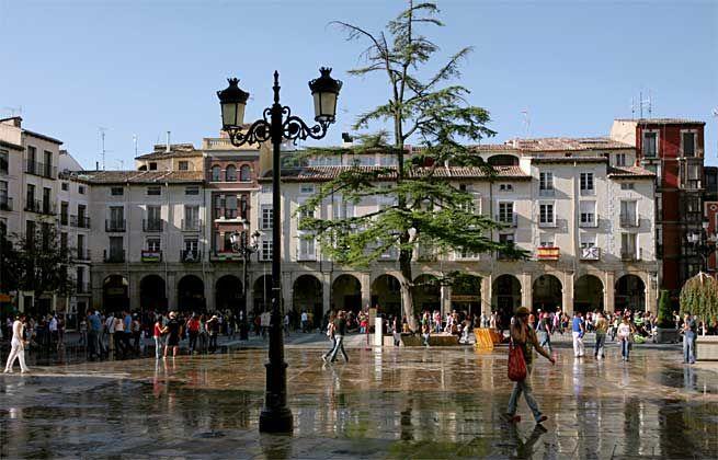 Plaza del Mercado Logrono, Camino de Santiago