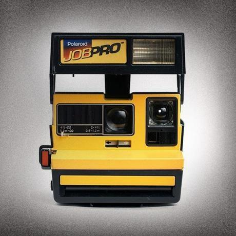 Polaroid - Retro Digital Instant Camera Craze