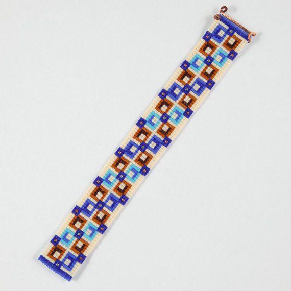 Questo bracciale Square Deal perlina Loom è stato ispirato da tutti i bei nativo e latino americano modelli che vedo intorno a me in Albuquerque,