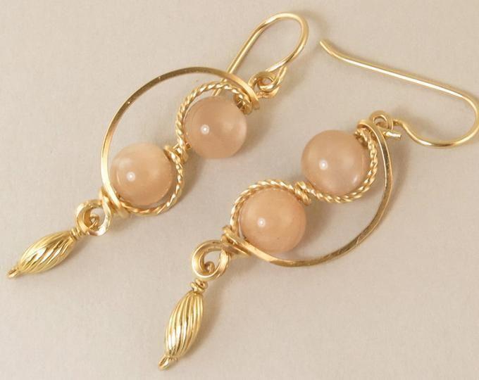 Moonstone Peach /& Purple Hanging Earrings,14K Yellow Gold Lever Backs