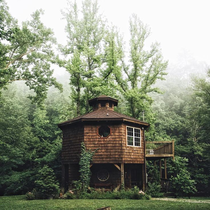 Dream cabin on the river at Townsend