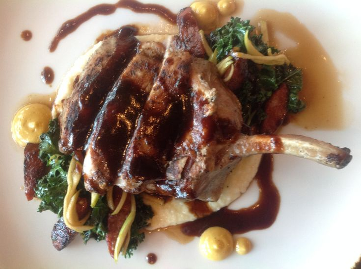Lobby Bar & Grill at Pechanga is flush with bold flavors