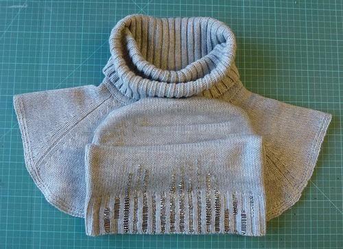 Как из свитера сделать платье ребенку