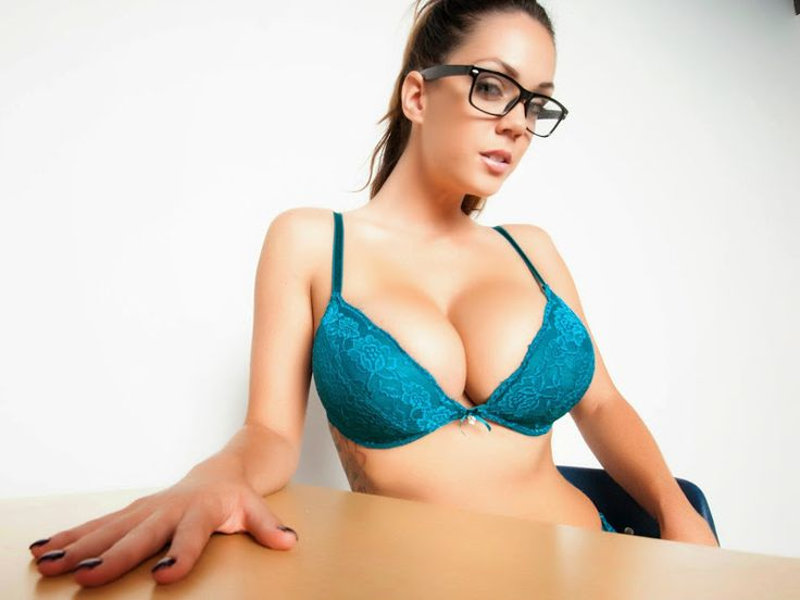 18 best images about EYE CANDY ALISON TYLER on Pinterest | Color blue ...