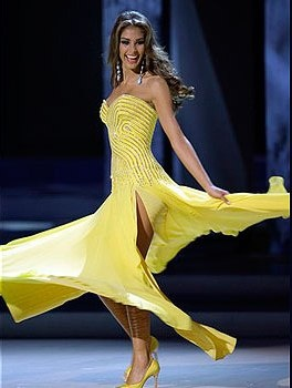 Dayana Mendoza - Miss Universo 2008 fue la quinta venezolana en ganar el Miss Universo.