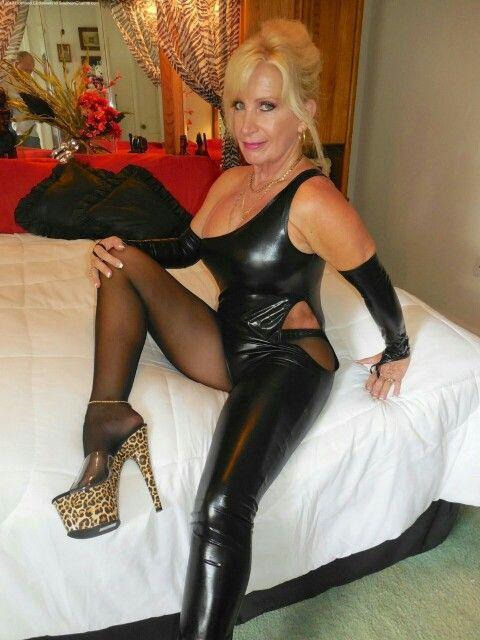 Kinky cougar