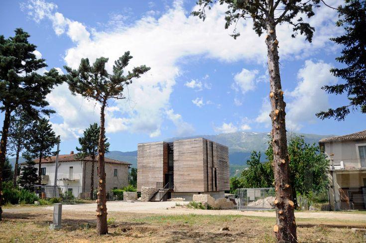 pierluigi bonomo's sustainable energy box house in l'aquila - designboom | architecture