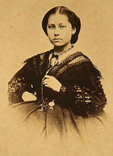 doña Margarita Maza