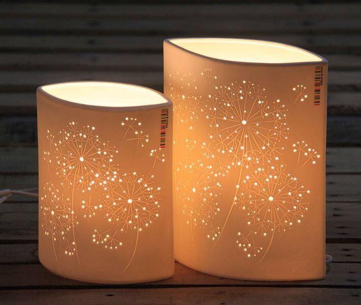 اباجورات مصنوعة من البورسلان بتصميم حديث تليق بمنزلك الارتفاع 28 5 سم عرض 23 سم بسعر 75 ريال للاباجورة الكبيرة كما في الصورة Paper Lamp Decor Lamp