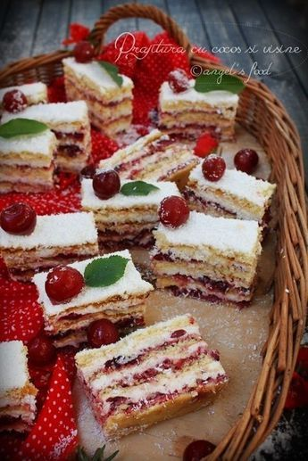 O prajitura aromata perfecta si racoritoare! Enjoy!