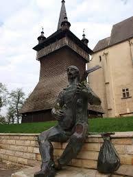 Image result for Nyírbátor, Báthori-várkastély és a református templom