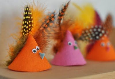 Easter chicks from felt & feathers.