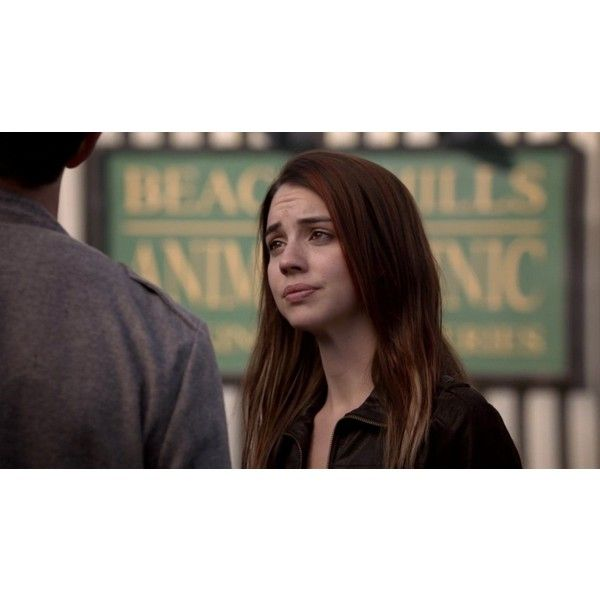 3.05 Frayed (1080p) - teenwolf305hd 1778 - Teen Wolf Screencaps   Teen... ❤ liked on Polyvore featuring adelaide kane