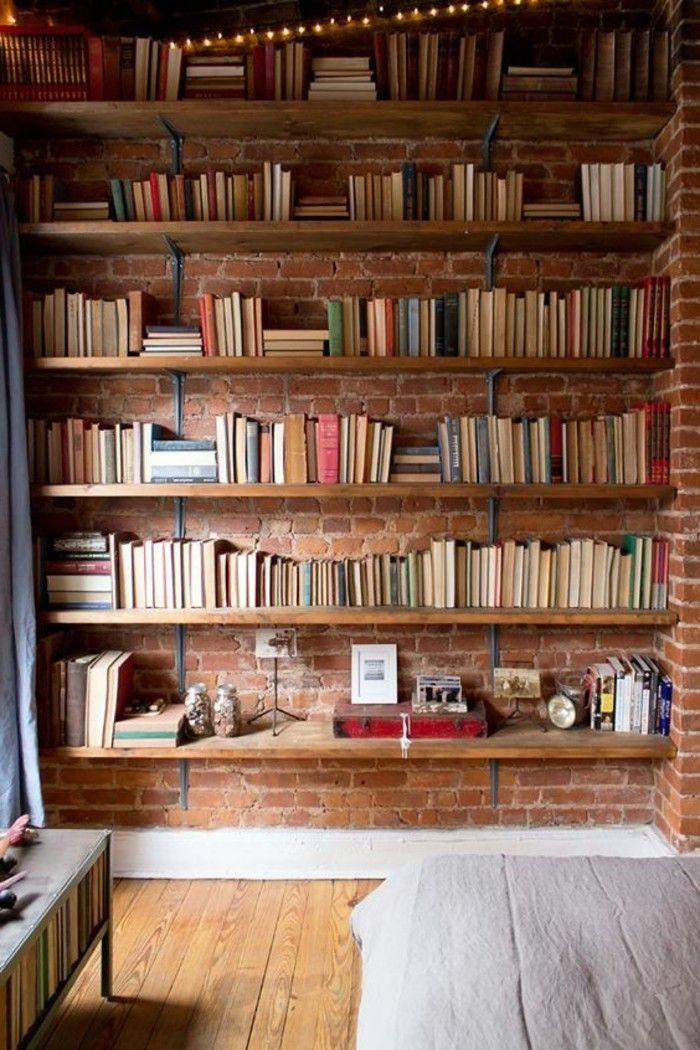 joli design d'étagère murale en bois clair, sol en planchers clair