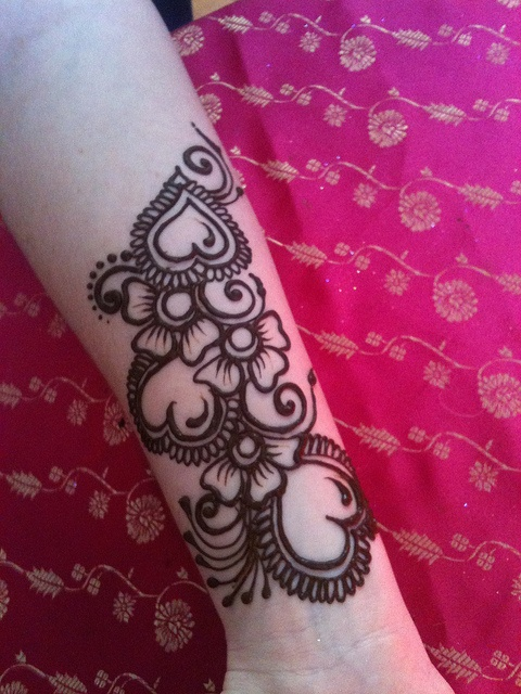 Mehndi Heart Designs : Images about henna art on pinterest arabic