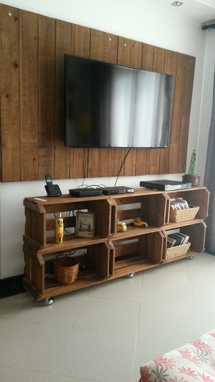 Painel e Rack de Caixotes, fabricados com tábuas de paletes seminovos #paletes #caixote #rack #paineltv #painel #madeira #sustentabilidade #reciclagem