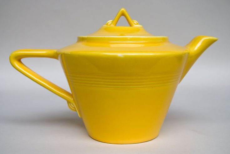 Original Yellow Harlequin Pottery Teapot | Homer Laughlin | Fiesta | For Sale