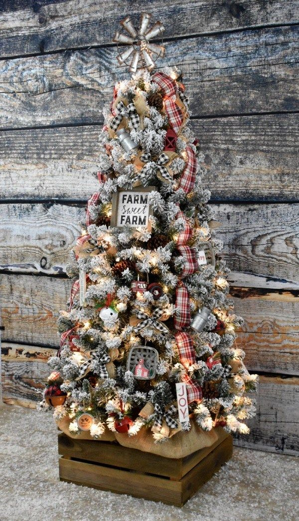 Diy Farmhouse Christmas Tree Rustic Country Casual Vintage Farmhouse Christmas Rustic Christmas Tree Farmhouse Christmas Tree