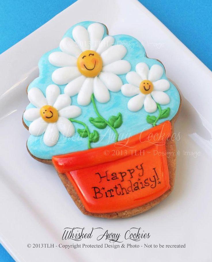 Happy Daisies in Flower Pot (Cupcake Cookie Cutter) decorated iced sugar cookies.  Galletas decoradas flores.