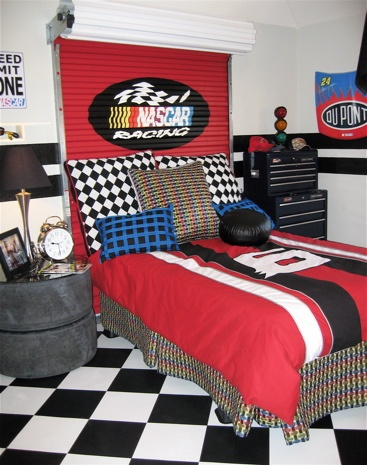 Nascar Room  love the tire side table. 10 best Fun    NASCAR Room images on Pinterest