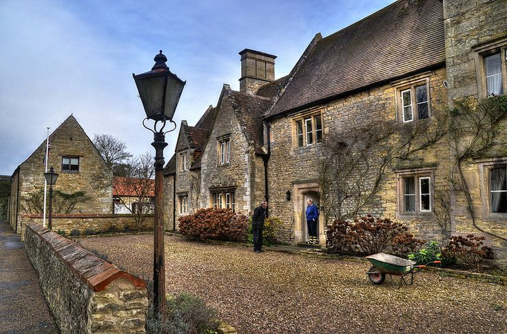 4073 best images about english manor houses and castles on for Grafton house
