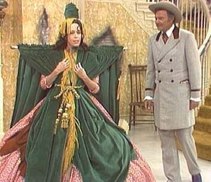 Carol Burnett!  Miss this show!  And TOTALLY remember this skit...