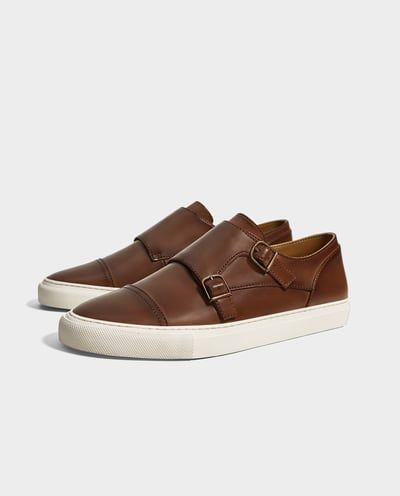 huge discount a36bb dbefe Zapatos para hombre   Moda Online   ZARA Colombia   Zapatos en 2019    Versace sneakers, Versace shoes y Shoes sneakers
