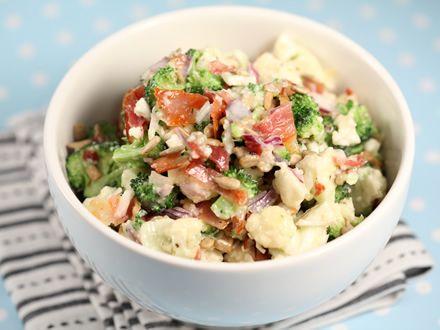 Salata de broccoli si conopida